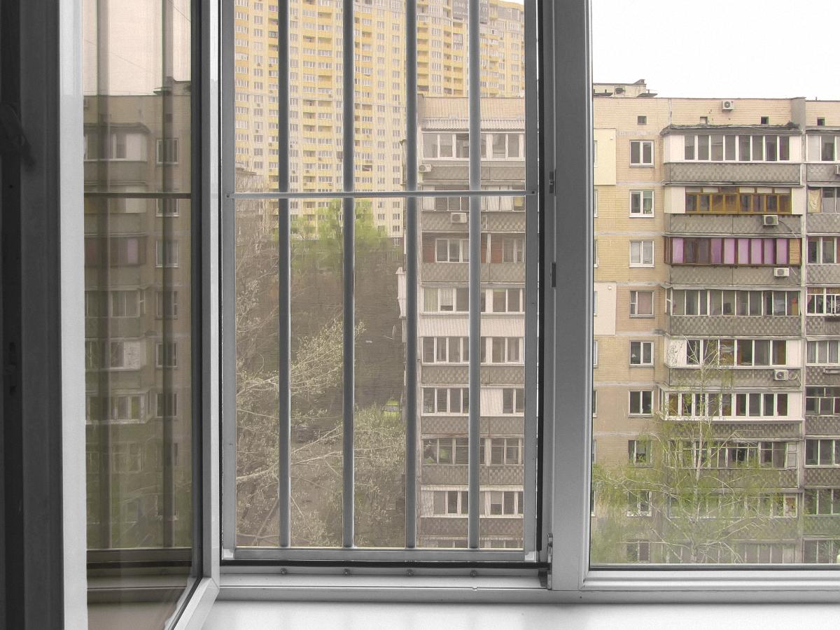 Защита от солнца на окна: варианты выбора: технология 58